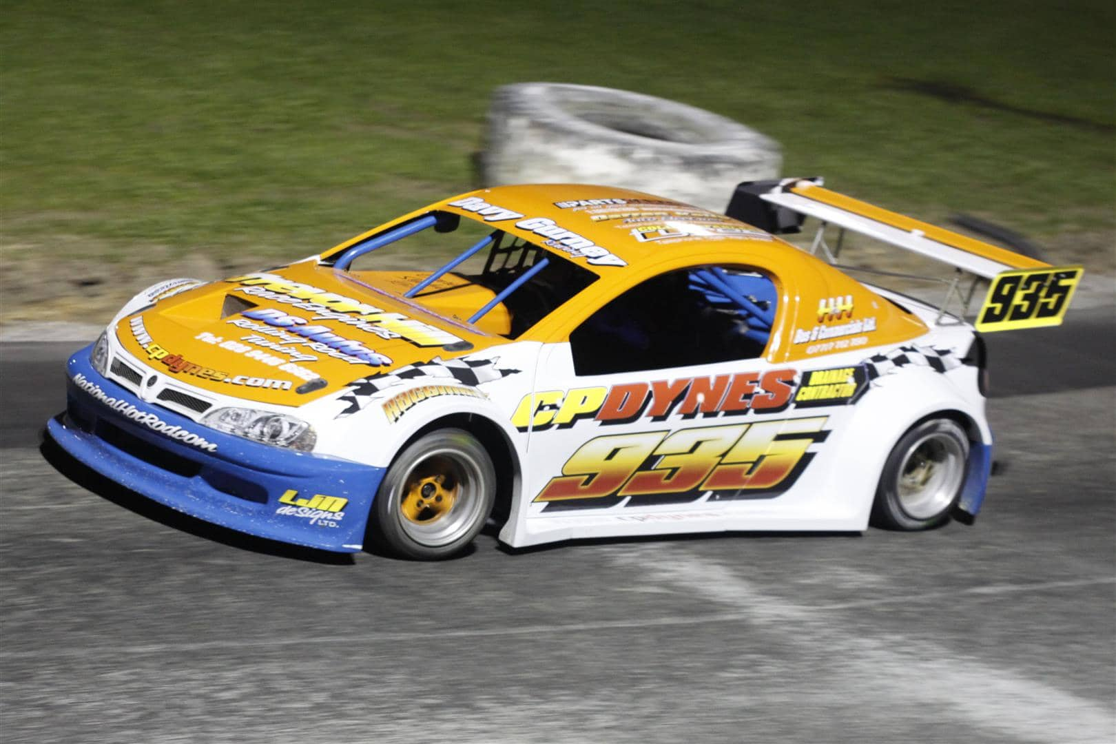 Davy Gurney on his way to the National Hot Rod Final win at Tullyroan Oval on 12th April (Large)
