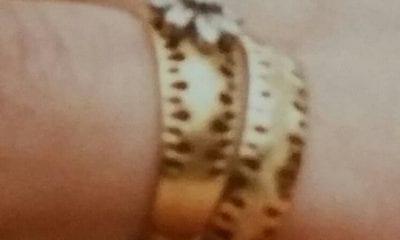 Jewellery stolen in house burglary
