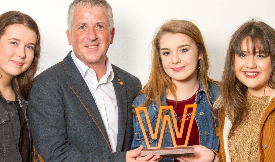 L-R Luíseach Ní Threinfhir, Gearóid Ó Machail, Erin Nic Giolla Cheara, Faílenn Nig Fhionnbhairr ) – pictured with the award at Liberty Hall, Dublin.