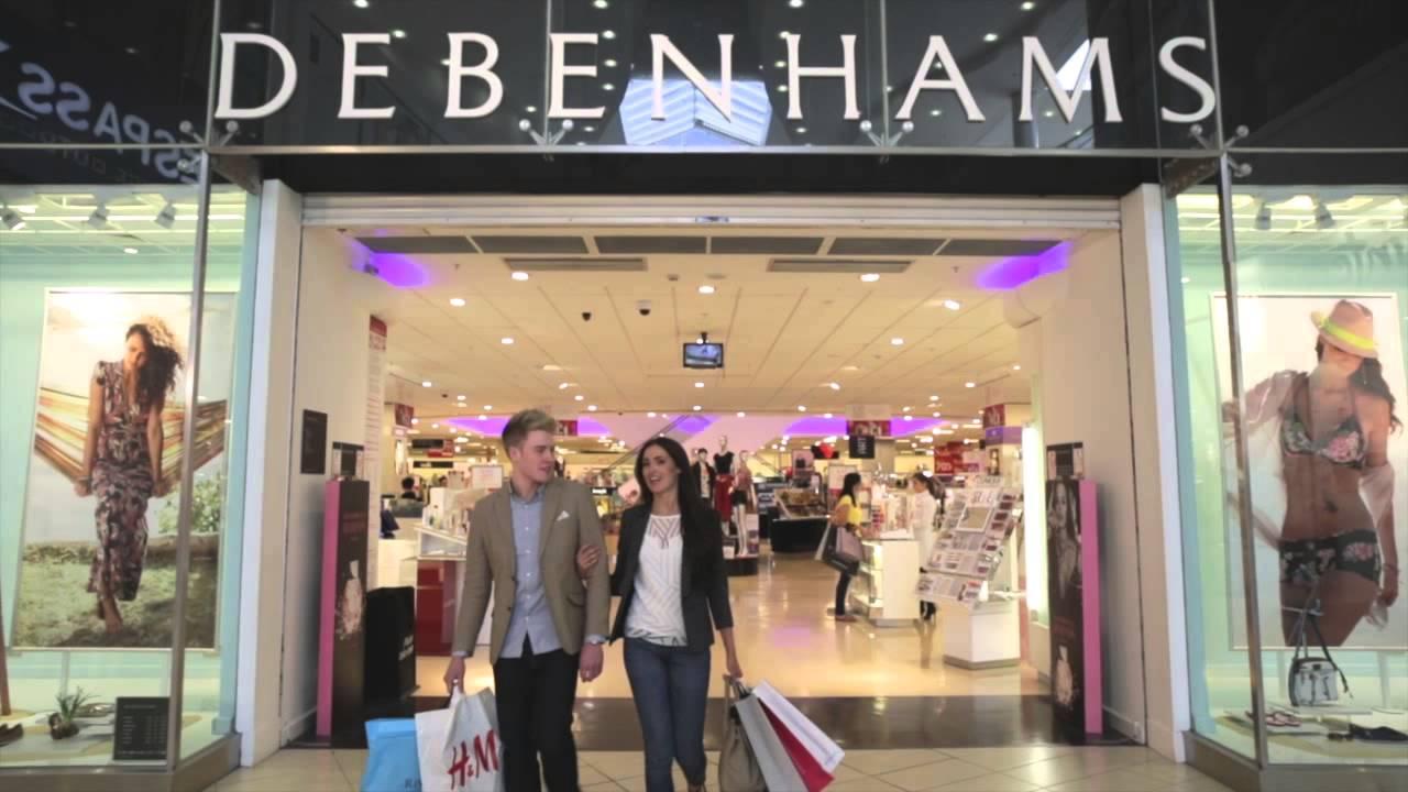 25,000 jobs at risk as Debenhams closure follows Topshop collapse