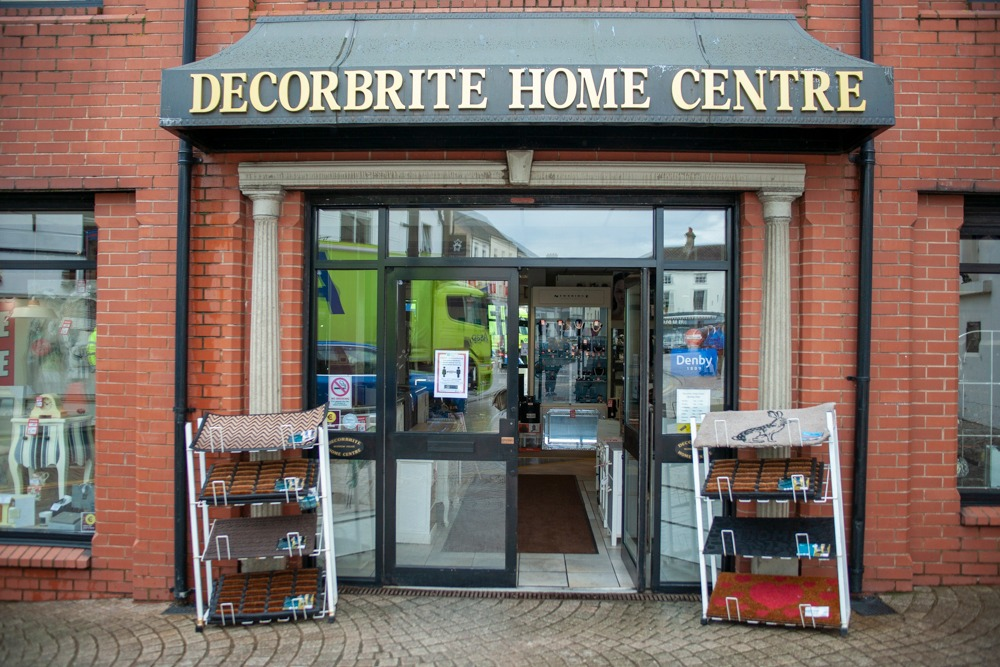 Armagh shops reopening Decorbrite