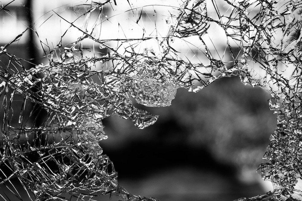 window smash
