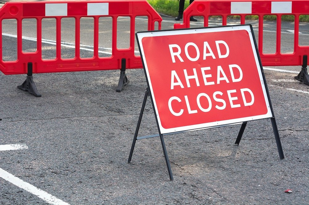 road closed sign roadworks